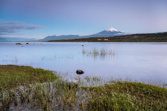Вид на вулкан Вильяррика, Чили