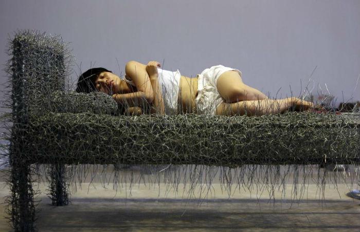 36 days («36 дней») - откровенный проект художницы из Пекина