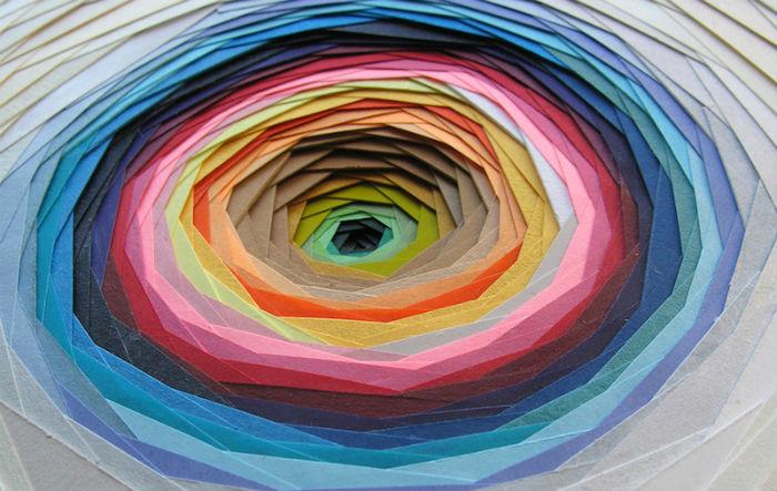 Объёмные аппликации из цветного картона от французской художницы.