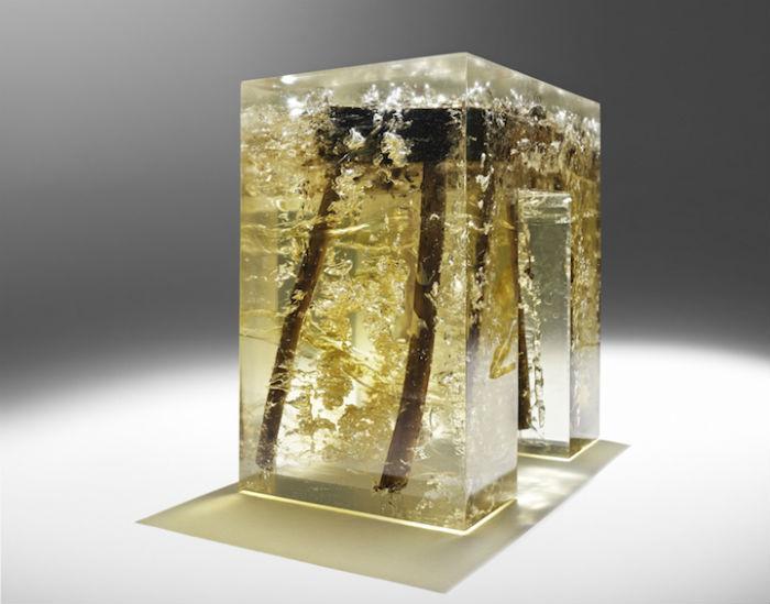 Удивительная мебель из органичеких материалов и промышленной смолы