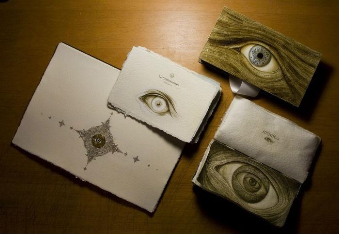 Проект SENTENTIA от московского художника Артёма Огурцова