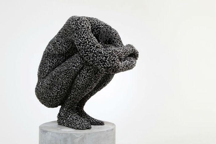 В 2009 году Йонг Док Со получил первое место в Национальном конкурсе скульптур