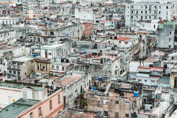 Фотографии Блэчфорда, буквально, пропитаны очарованием старой Гаваны