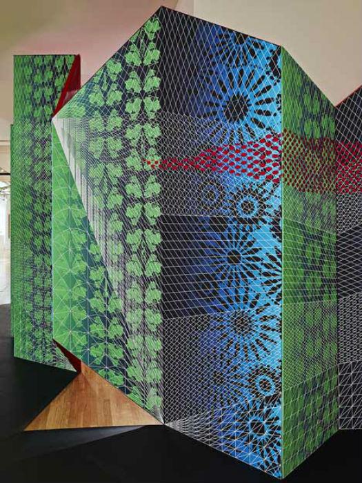 Проект Zigzag («Зигзаг») был подготовлен дизайнерским тандемом Сидикви-Шнейдерман по заказу компании Art Fair для ежегодной выставки Metro Show