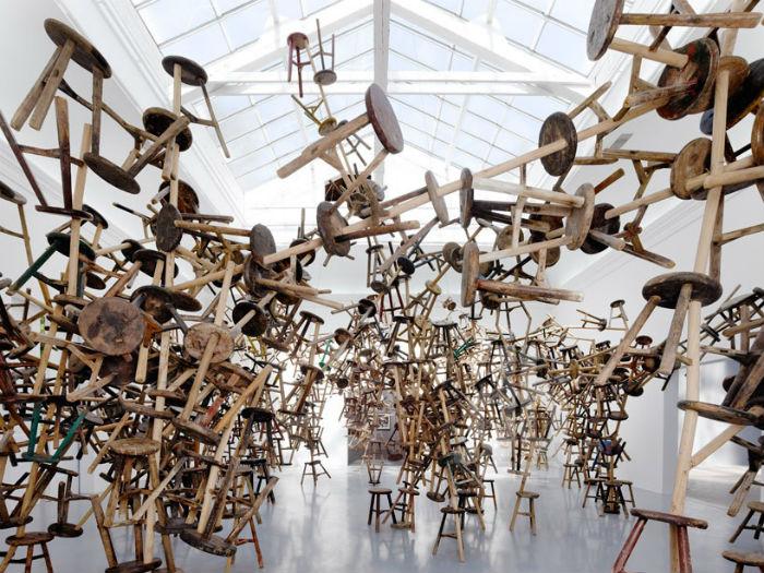 Мастер эпатажных инсталляций, всемирно известный китайский художник Ай Вэйвэй подготовил для Венецианской биеннале инсталляцию «Bang»