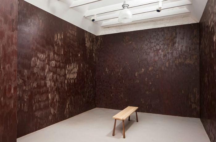 Проект Stroke (Штрих) - шоколадная комната в художественной галерее Jupiter Artland в Эдинбурге