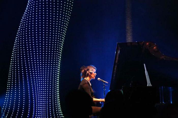 Первоначально проект задумывался как эффектное дополнение к четырёхдневному фестивалю Современной классической музыки
