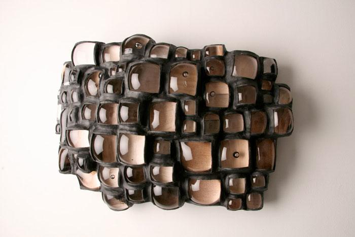 Колдуэлла всегда интересовала внутренняя связь между стеклом и способностью видеть и замечать