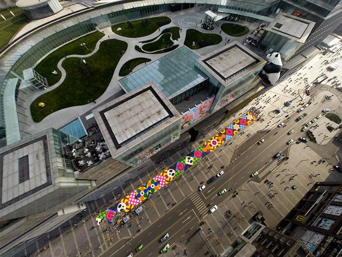 Сладкая инсталляция покорила Гонконге