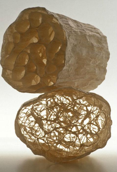 Удивительные арт-объекты из кальки от американской художницы