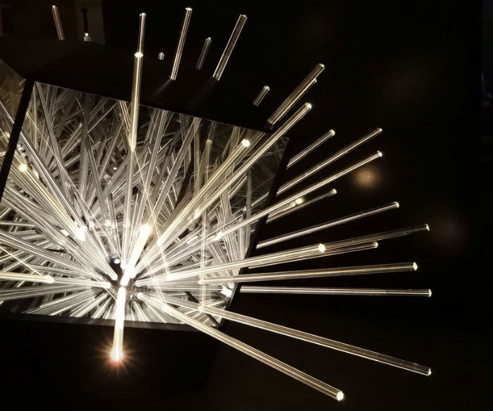Одна из завораживающих инсталляций немецкого художника