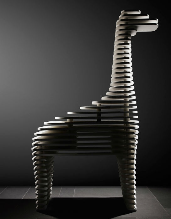 Итальянский мастер создал оригинальную серию скульптур животных из кварца и мрамора. Жираф
