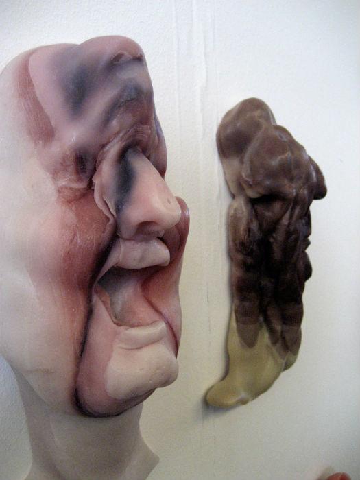 Работы Луи Фортье в выставочном пространстве