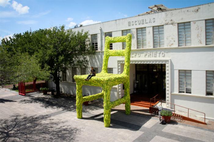 Новая инсталляция известного бруклинского художника