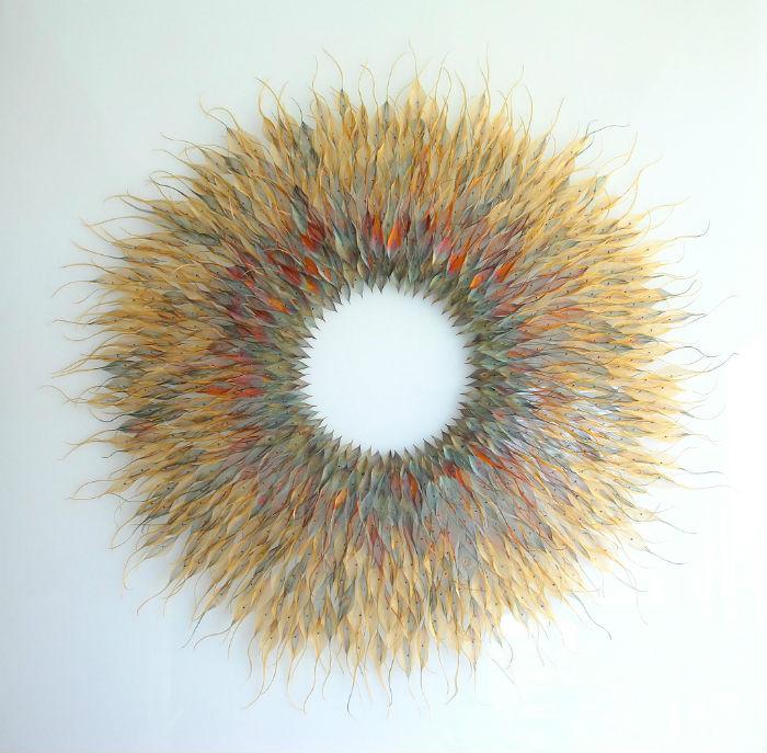 Британская художница Мишель Маккини создаёт удивительные скульптуры из податливых металлов