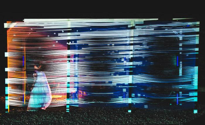 Интерактивная инсталляция американской художницы-концептуалиста Меган Мосхолдер
