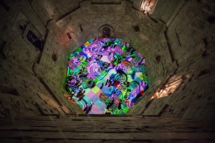 Инсталляция Мигеля Шевалье в старинном замке