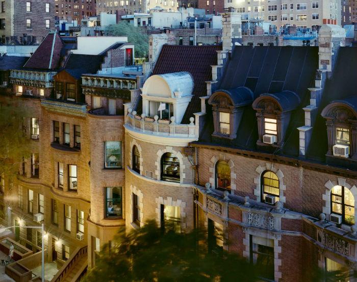Фотографии американского фотографа Гейл Халабан о частной жизни нью-йоркцев