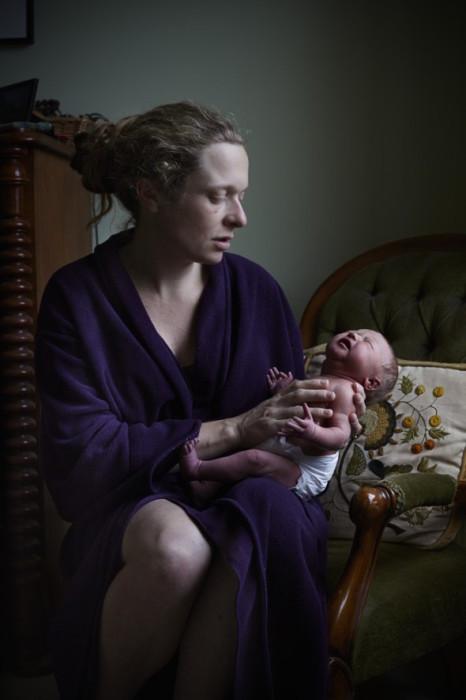 Фотограф специально приезжала домой к каждой героине своего цикла с тем, чтобы они чувствовали себя  свободно и раскованно