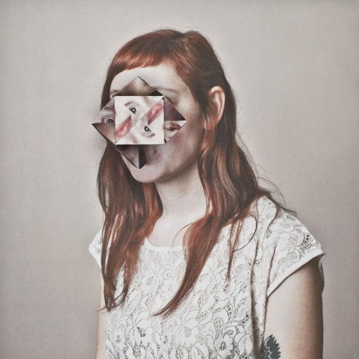 Фотоманипуляции художницы, однако, производят неоднозначное впечатление