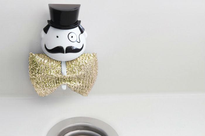 Израильская студия PELEG DESIGN разработала оригинальный дизайн держателя губки для мытья посуды