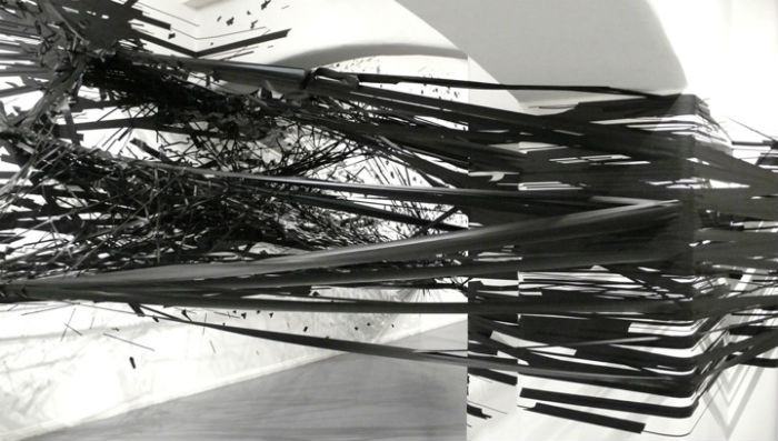 Посредством своих работ Моника «визуализирует» мышление