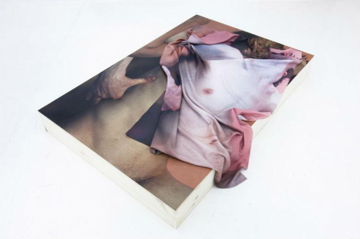 Лондонский художник и фотограф Мэтью Стоун воспевает в своих коллажах красоту обнажённого человеческого тела