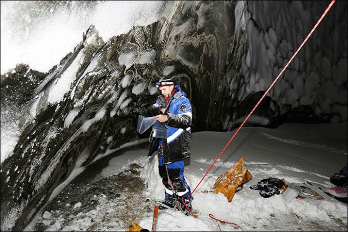 Учёные спустились на самое ямальского кратера