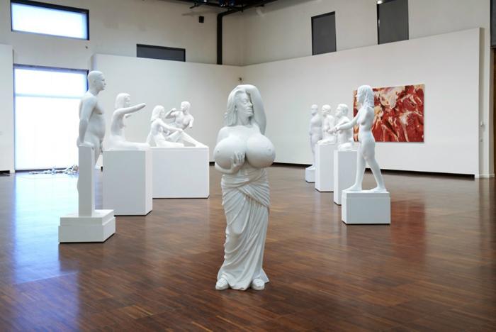 Выставка Марка Куинна