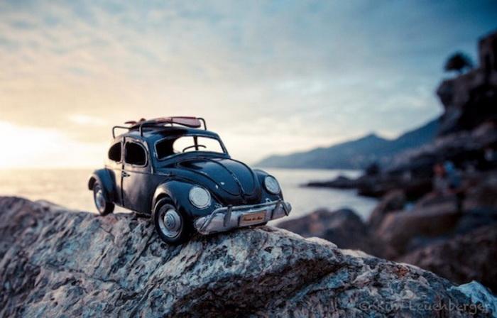 Игрушечные автомобили от Kim Leuenberger.