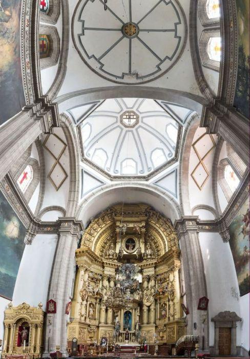 Мехико, церковь Иглесия-де-Сан-Франциско