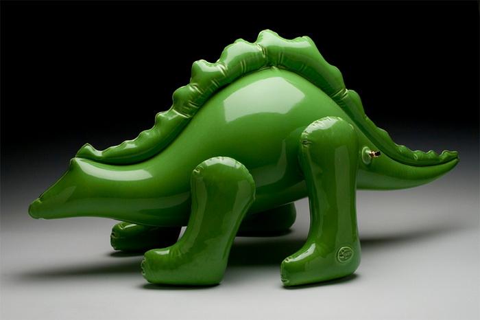Brett Kern: керамические игрушки