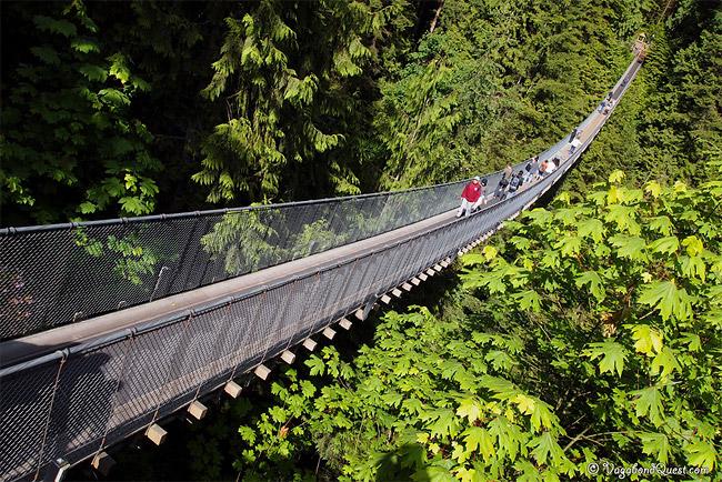 140-метровый подвесной мост Capilano.