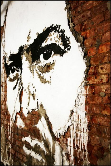 Портреты на стенах от Vhils