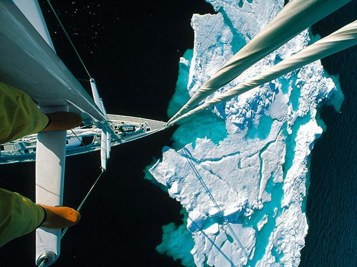 Айсберг по курсу: фото с мачты корабля