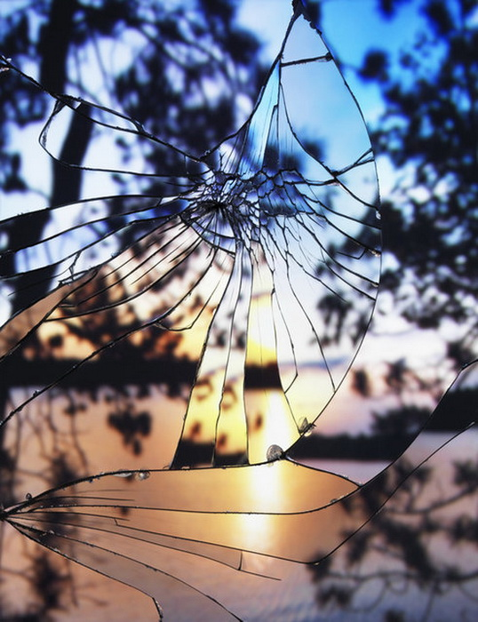Пейзажи в разбитых зеркалах: коллекция фотографий Bing Wright
