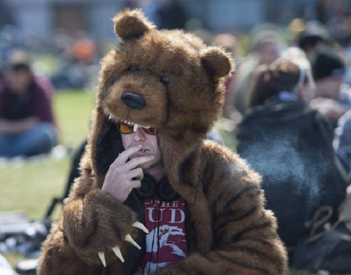 Митинг 420 Day в Ванкувере.