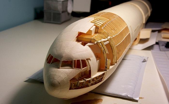 Репродукция самолета Boeing 777 в масштабе 1:60
