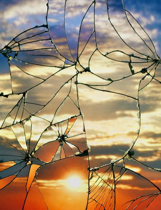 Коллекция фотографий разбитых зеркал Bing Wright