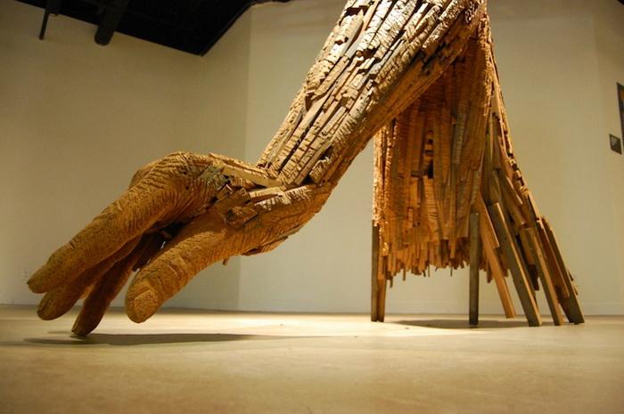 Скульптура  Andy Tirado