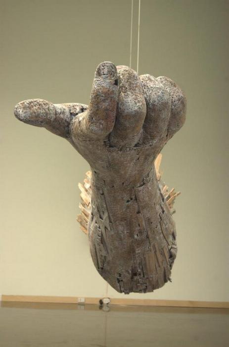 Деревянные руки  Andy Tirado