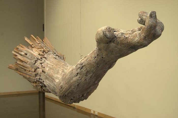 Руки из дерева от скульптора  Andy Tirado
