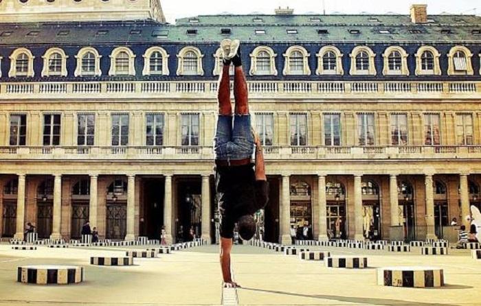 Париж от танцора хип-хопа Kapstand