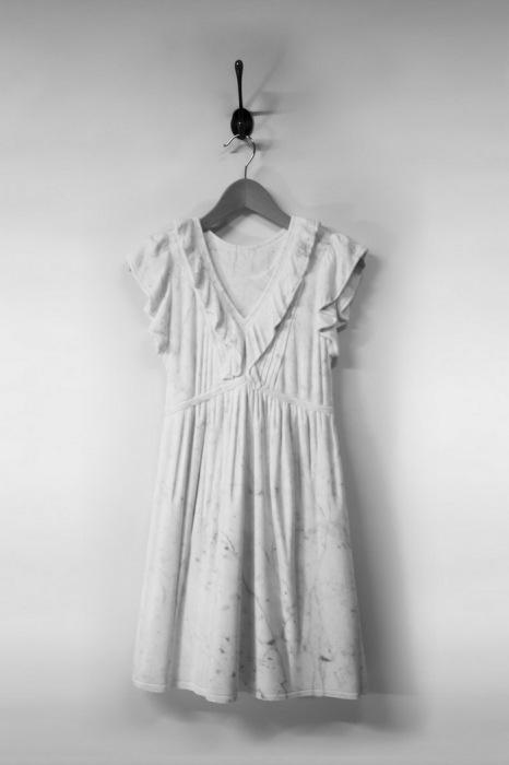 Одежда из мрамора от Alasdair Thomson.