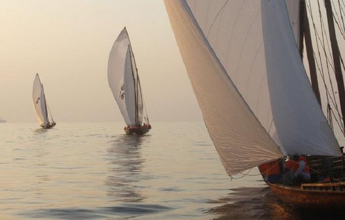 Традиционные гонки арабских лодок доу Al Gaffal.
