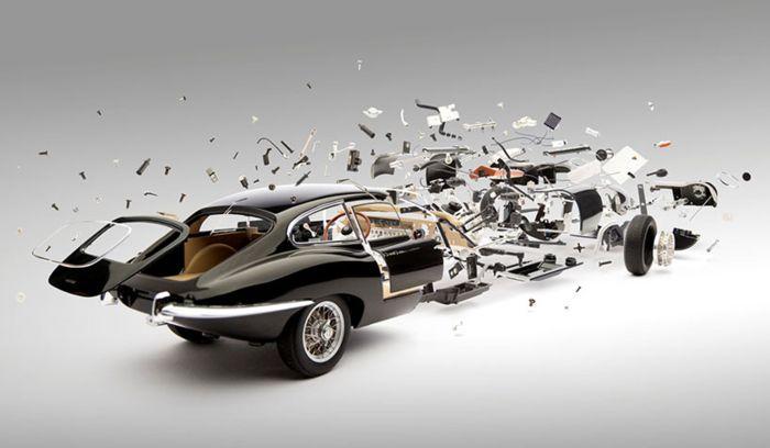 Автомобили в момент взрыва художника Fabian Oefner