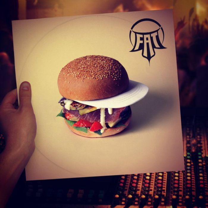 сэндвич в кепке от Quentin and Thomas