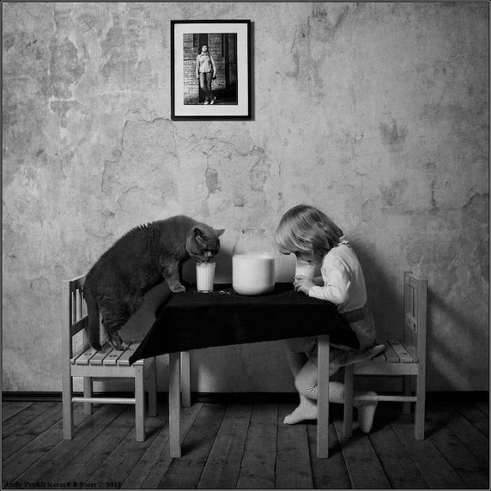 Черно-белая дружба девочки с котом от фотографа Andy Prokh