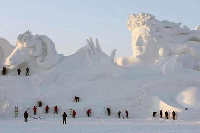 Первые экспонаты China Harbin International Ice and Snow Sculpture Festival