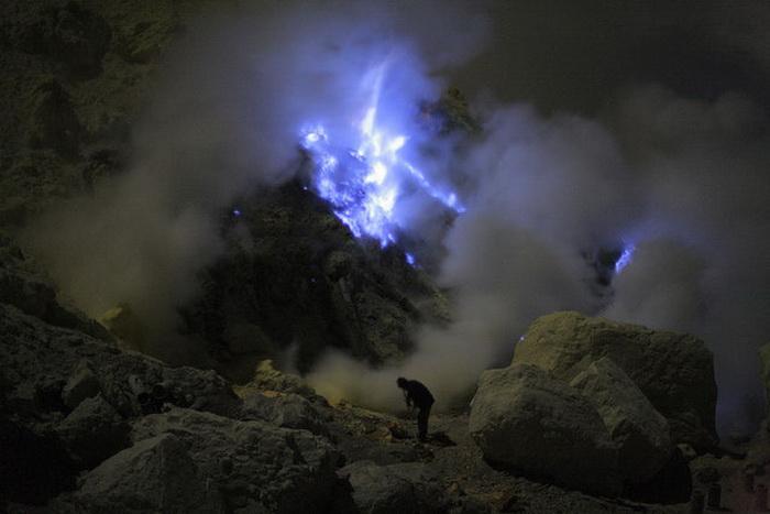 Вулкан в Индонезии Kawah Ijen.